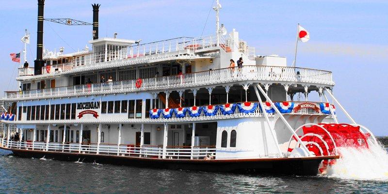 密西根號遊覽船