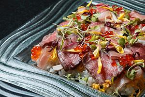 肉ちらし寿司