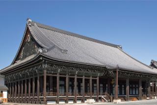 世界遺産「西本願寺」の観光・見どころ 数々の国宝が建ち並ぶお寺イメージ>