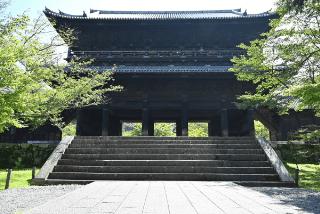 「南禅寺」の観光・見どころ|美しい自然と歴史が融合したお寺イメージ>